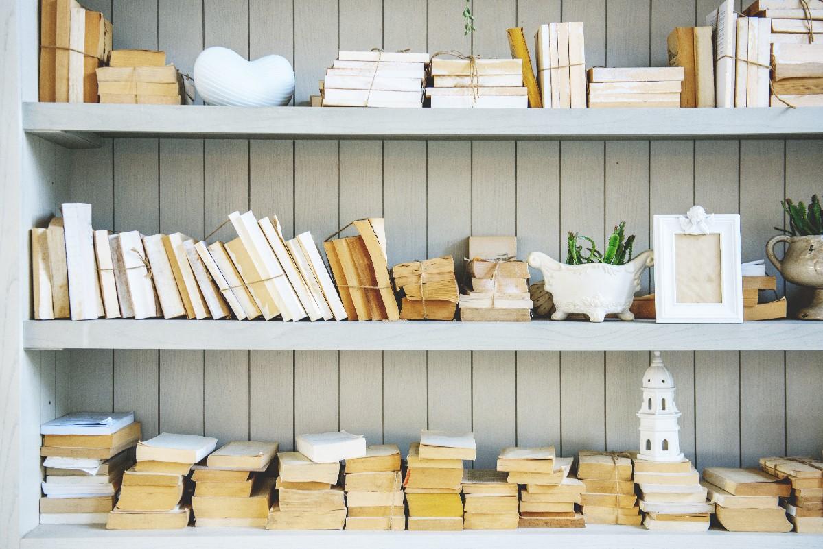 Książki kucharskie – pomysły na ich przechowywanie w domu