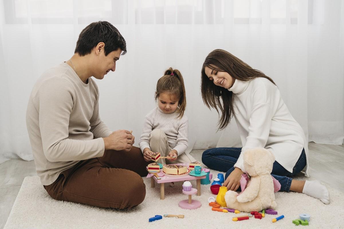 Majówka w domu – 4 sposoby na spędzanie wolnego czasu z dziećmi