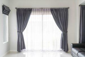 Rolety i tkaniny zaciemniające – odśwież pomieszczenie