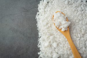 Sól do zmywarki – co daje i czy można ją zastąpić?