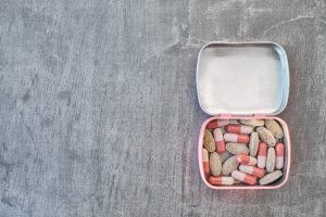 Gdzie schować leki w domu, aby były bezpieczne?