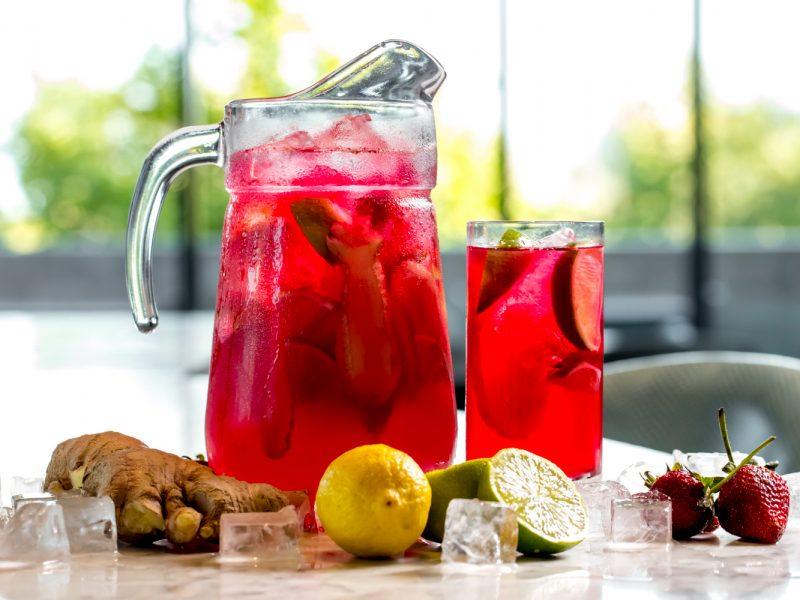 Lemoniada na 5 sposobów – idealna na letnie dni