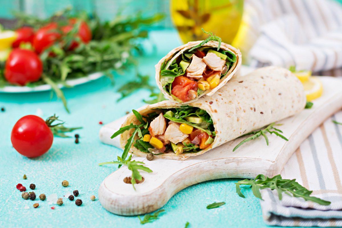 Tortille z kurczakiem – domowy fast food na 3 sposoby