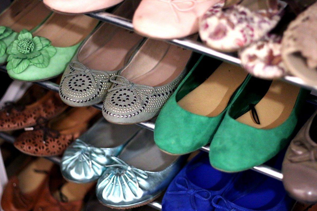 Jak przechowywać buty w mieszkaniu? Nasze patenty